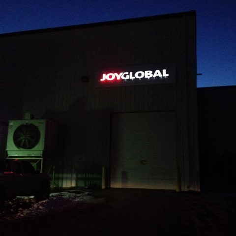 Joy Global – Lit Building Sign