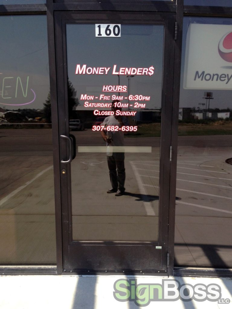 Money Lenders Brands With New Business Signs In Gillette