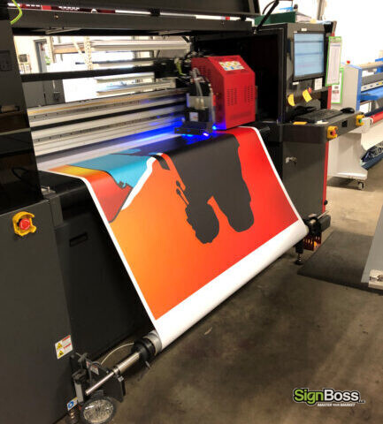 Printing new pylon sign faces in Gillette WY